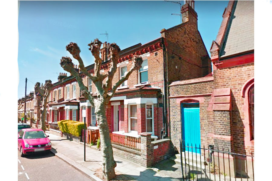 1 BEDROOM APARTMENT - FORTH AVENUE - W10