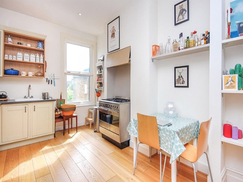 2 Bedroom Victorian Flat in Wakeman Road, between Queen's Park and Kensal Rise stations